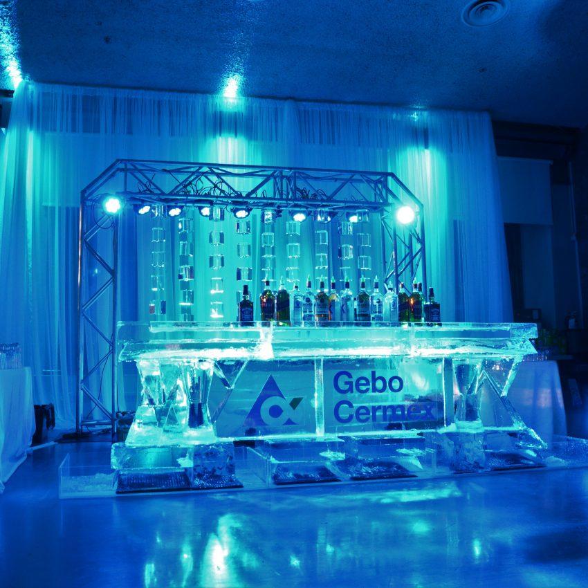 Bar de glace et rideau de glace